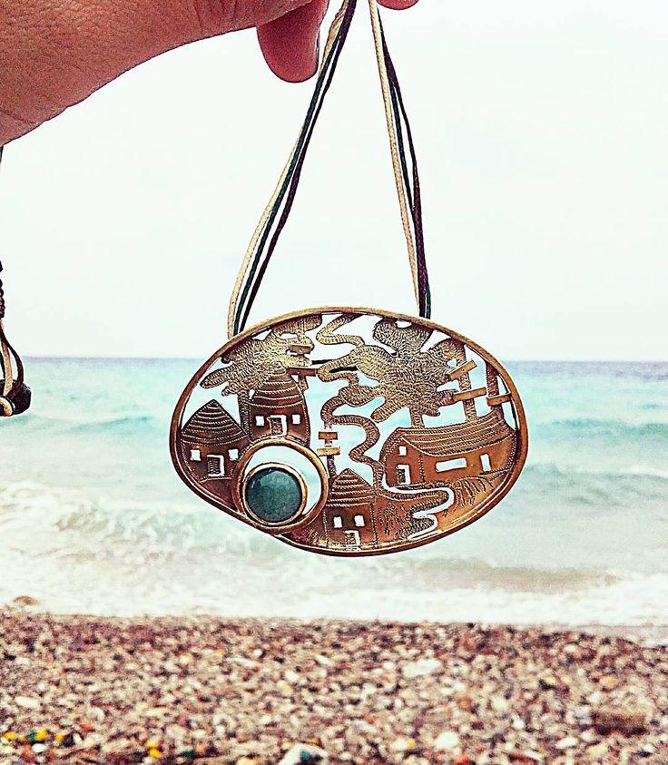 Engraved necklace with aventurine.  #cool #sun #σαμος #birthday #women #alternative