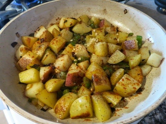 """Интересно, что на """"полный"""", большой и сытный завтрак в США часто готовят блюда из картофеля. Основное в таком завтраке - это яйца  и какой..."""