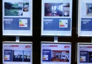 Así debe mostrar una agencia inmobiliaria su escaparate. Certificado energético en Aragón. Cuándo, cómo y dónde.