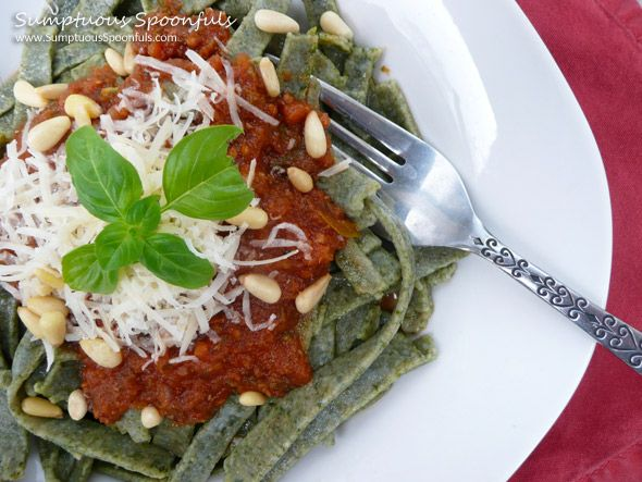 Homemade Spinach Whole Wheat Noodles