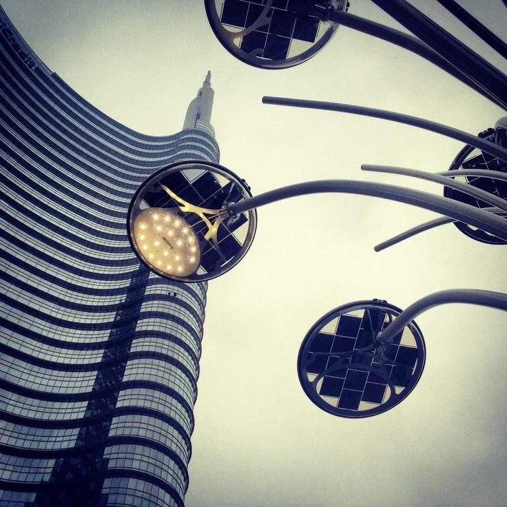 tlow86 Lorenzo Tsitsos   Garibaldi #PicYourCity Milan @socialmediaweek pic.twitter.com/DrmIzs9m