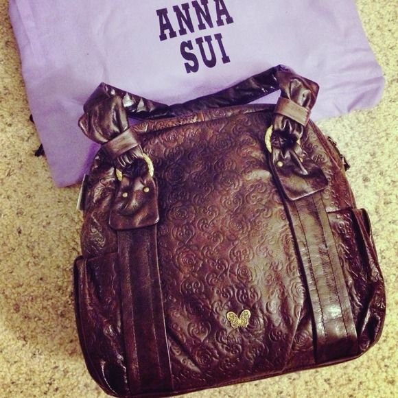Brand New With tag Anna Sui Purse Calf leather in dark brown !  Brand New with original Anna Sui dust bag Anna Sui Bags