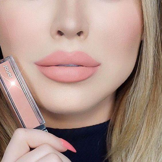 @jadeywadey180 looking stunning wearing the Long-Wear Lip Crème in Pêche. ✨ | #jouer #jouergirl:
