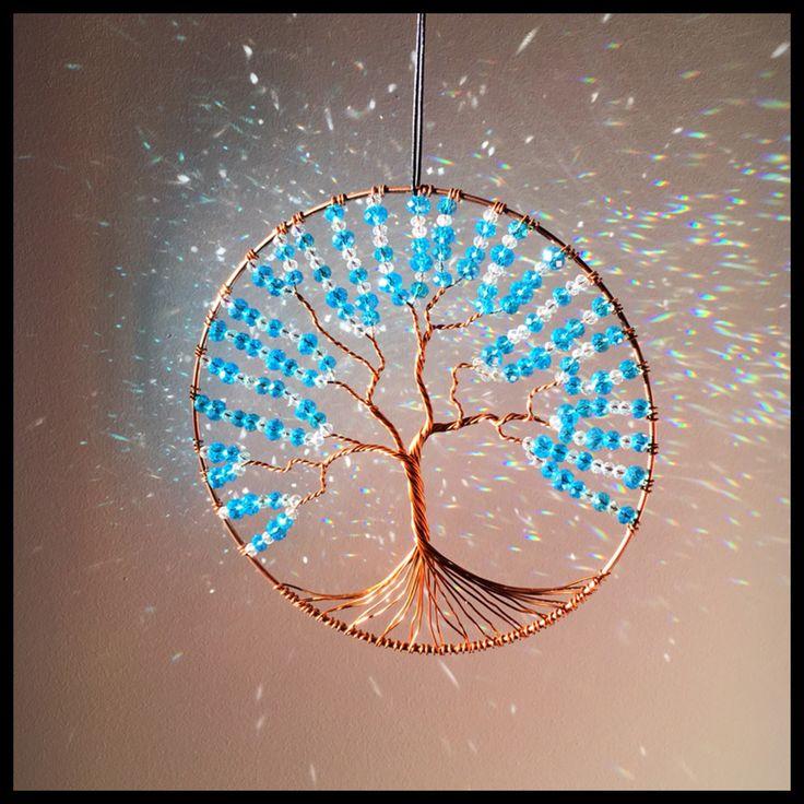 Le chouchou de ma boutique https://www.etsy.com/fr/listing/533391482/tres-grand-arbre-de-vie-suncatcher-en