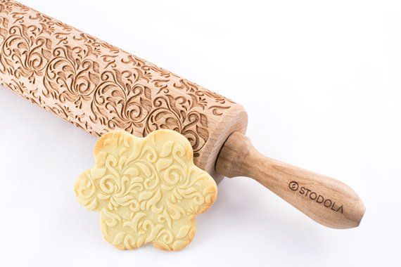 Folk Decorative Embossing Rolling Pin For Cookies