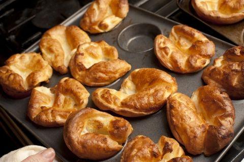 Grain Free Yorkshire Pudding - Paleo & Vegetarian Friendly - www.HealthStartsinthekitchen.com