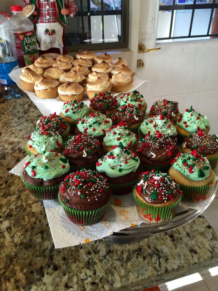dulces para Navidad...mini pie de limón y cupcakes Navideños...