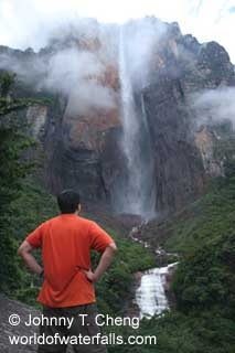 Angel Falls Argentina - the tallest fall in the world. a kilometer high.