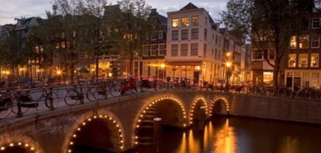 معلومات عن هولندا وأشهر المعالم السياحية بها Amsterdam Attractions Amsterdam Tourist Visit Amsterdam