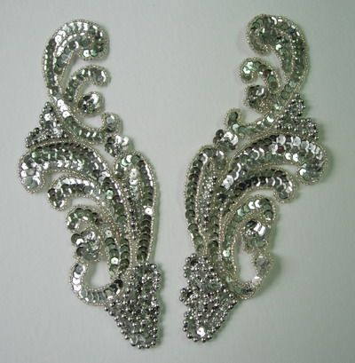 LR37 Wave Pattern LR Sequin Bead Applique Silver