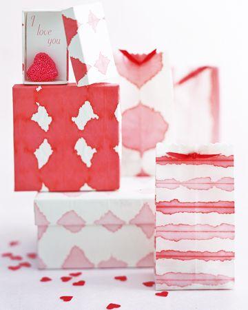 DIY Dip  Dyed Wrapping Paper -