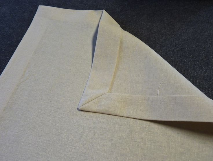 how to make dinner napkins with mitered corners