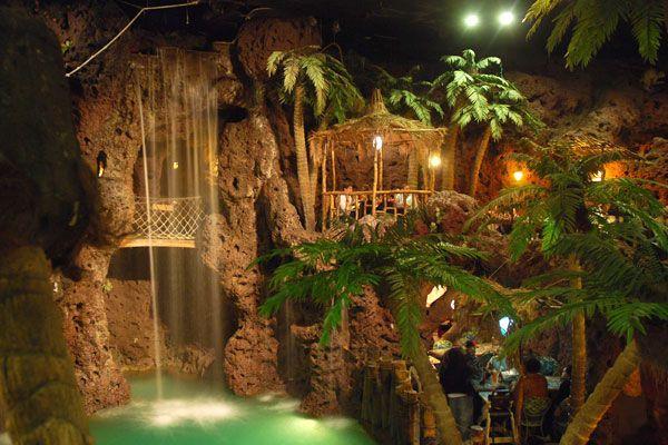 Casa Bonita Restaurant in Colorado inspired by Acapulco, outdoor divers, beautiful