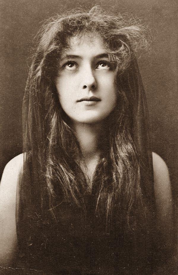 Evelyn Nesbit - 1901