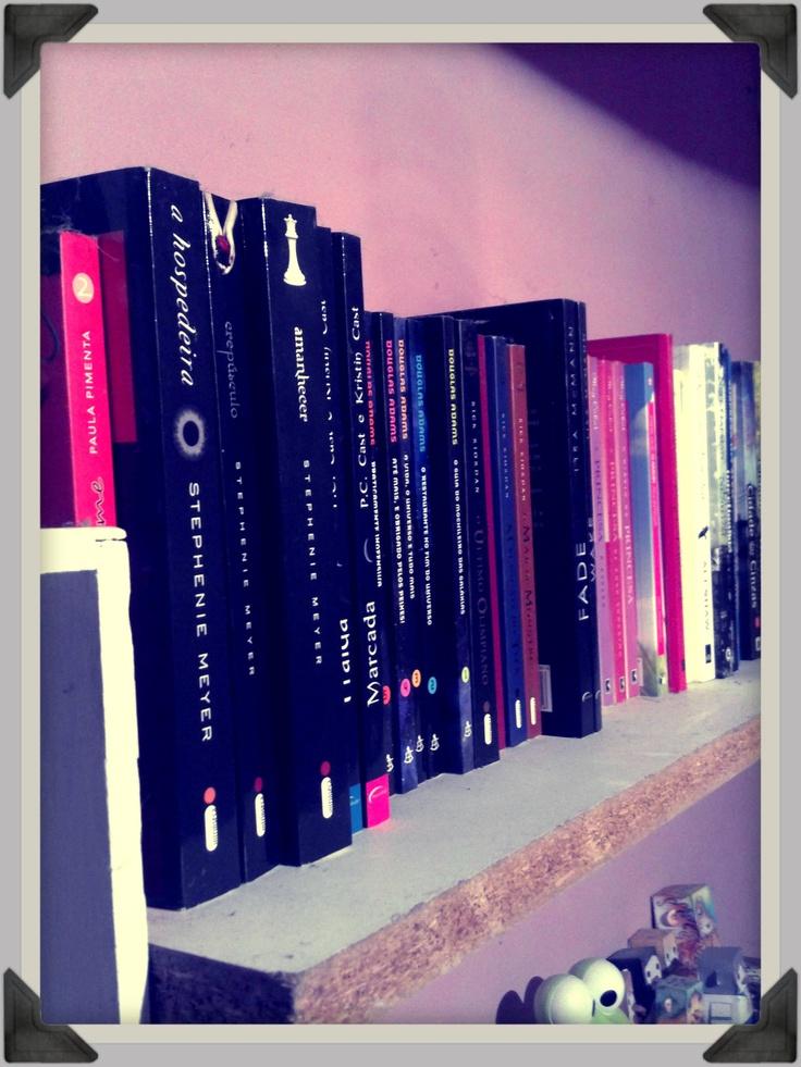 Just a Girl » Blog Archive » BC KCL: Livros, aonde você guarda os seus?  #kcl, #blogagem, #livros