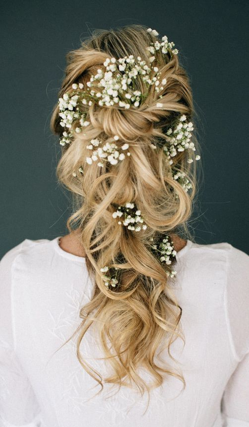Wedding hairstyle idea; Featured Photographer: Lindsey Shaun Photography, Featured Hairstyle: Hair and Makeup by Steph