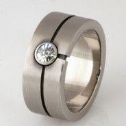 Wedding ring ladies 18ct white gold 'Spirit' cut diamond