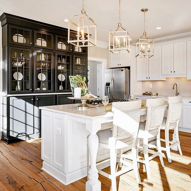 Spectacular Kitchen Family Room Renovation In Leesburg: 56 Best Wainscoting, Judges Paneling And Crown Molding