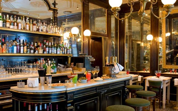 Dresscode für das glamouröse Dinner in Mailand