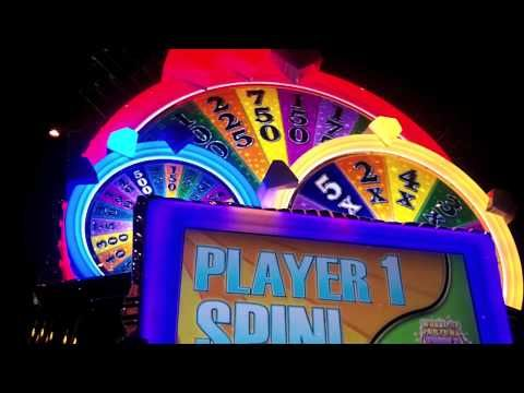 A slot hit on IGT - Wheel of Fortune Triple Extreme