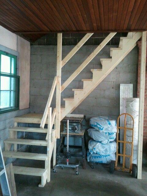 garage loft ladder ideas - Simple stairs to a garage attic