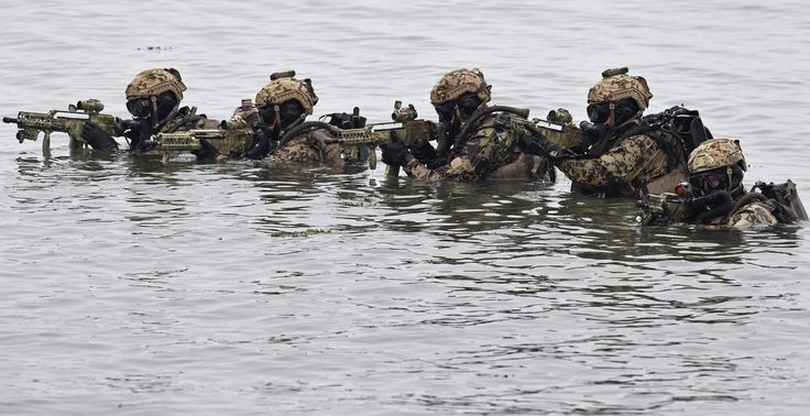 """combat diver 