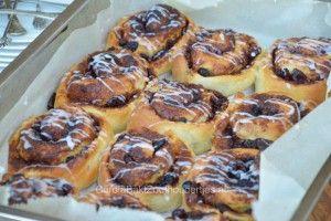 Winterbuns een recept van Rutger van den Broek uit Rutger bakt feestelijk. Heerlijke broodspiralen die naar Zeeuwse bolussen smaken!