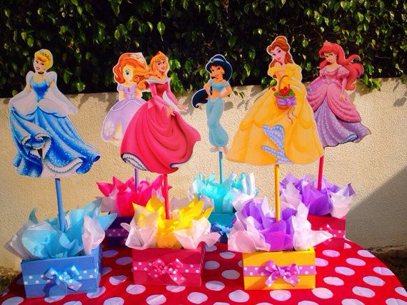 Disney Princess inspired wooden centerpieces for birthday parties or any themed…