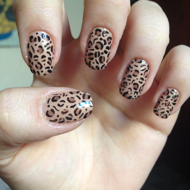 Leopard nail art   www.karenprado.wordpress.com