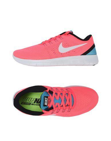 NIKE . #nike #shoes #sneakers