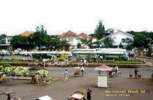Terminal Blok M, sekitar awal 1970an