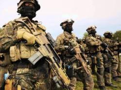 El Servicio Aéreo Especial (en inglés: Special Air Service) o SAS, es un regimiento de fuerzas especiales del Ejército Británico (UKSF). Sus funciones en tiempo de guerra son las operaciones especiales, y en tiempo de paz, principalmente el contraterrorismo.
