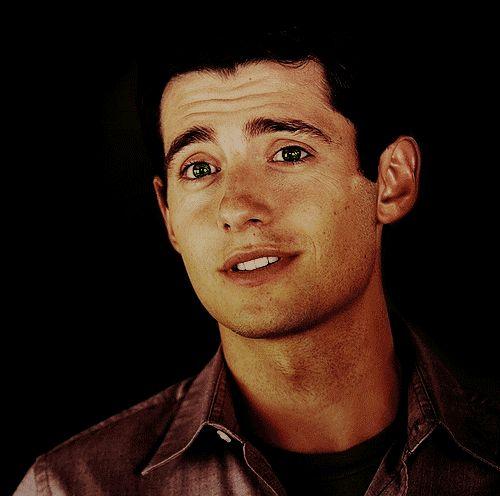 Wren Kingston of Pretty Little Liars played by Julian Morris.