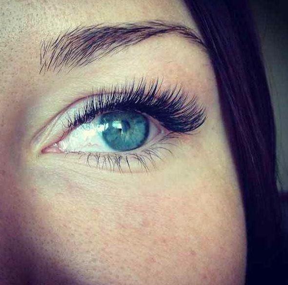eyelsh extention | Eyelash Extension Prices | Permanent Makeup Ottawa