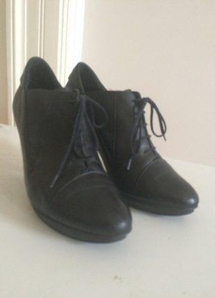 Kupuj mé předměty na #vinted http://www.vinted.cz/damske-boty/kotnikove-boty/15096852-elegantni-kotnikove-boty-hogl-prava-kuze
