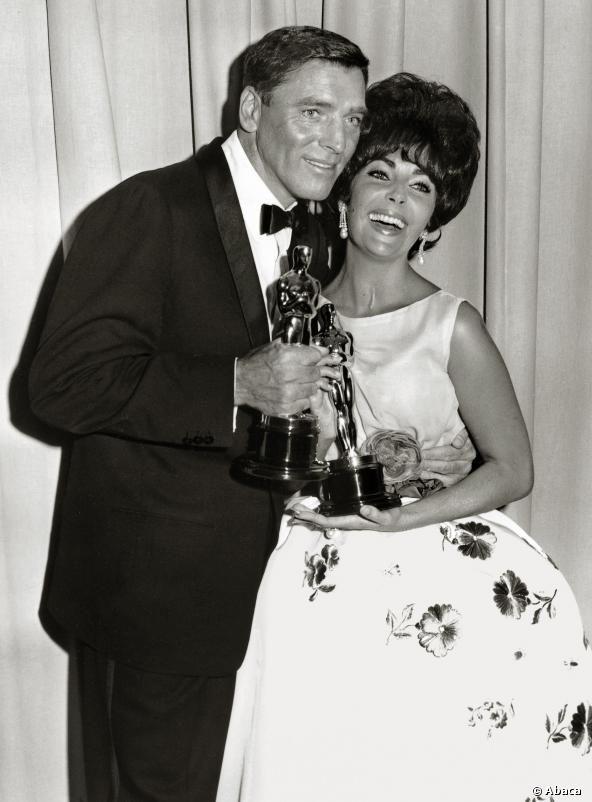 1960 - Elizabeth Taylor Y Burt Lancaster Con Sus Oscars -3173