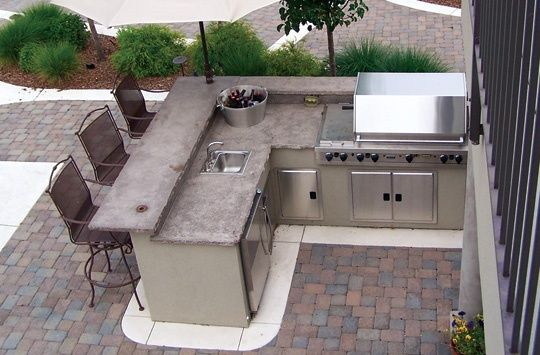 Outside kitchen and bbq area outdoor bbq backyard - Plan de travail exterieur pour barbecue ...