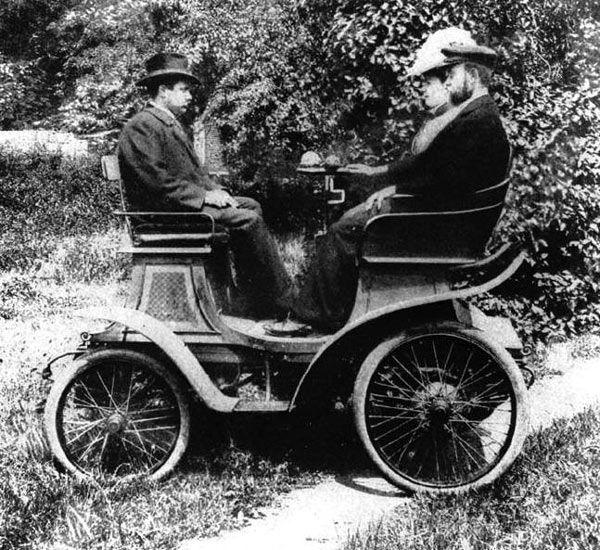 OldTimer-Info - A járműgyártás gyöngyszemei, veterán autók, motorok, jármű ritkaságok.