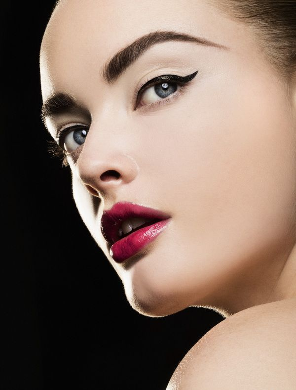 Eyeliner/MAXIMA Magazine by Carsten Witte, via Behance