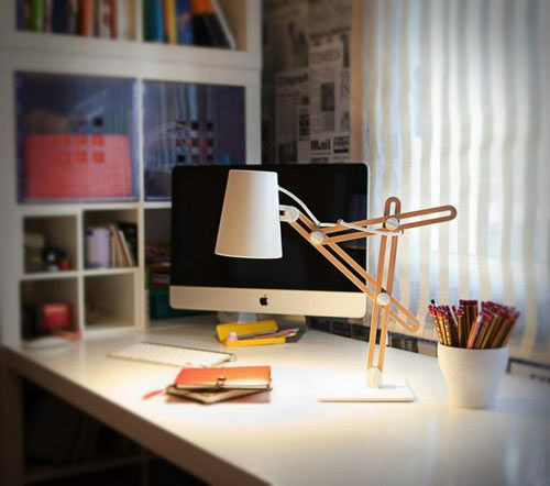 Designer Santiago Sevillano has developed the Looker desktop lamp for Mantra that's fully adjustable to your needs. Complete with several knobs that allow for manual tweaks, the lamp will be the perfect working light for those late night cram sessions at your desk.