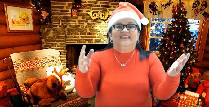 596. Con mucho cariño, gran orgullo e infinito agradecimiento les dejo un regalito de Navidad 2016;  deseándoles que disfruten la compañía de sus familiares y de seres queridos; que en el 2017 cosechen muchos èxitos y que Dios los acompañe siempre, amén.  Los espero en enero que se vienen cosas muy buenas... https://www.youtube.com/watch?v=JL50szHIH_k