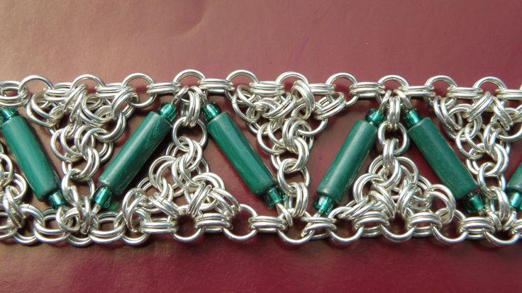 a close up of the S/S & malachite bracelet