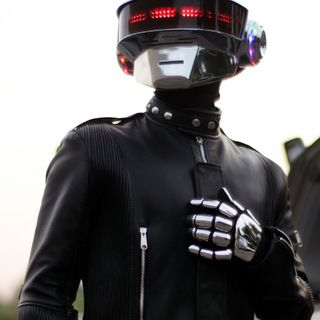 instructable: Building a Daft Punk helmet with programmable LED display