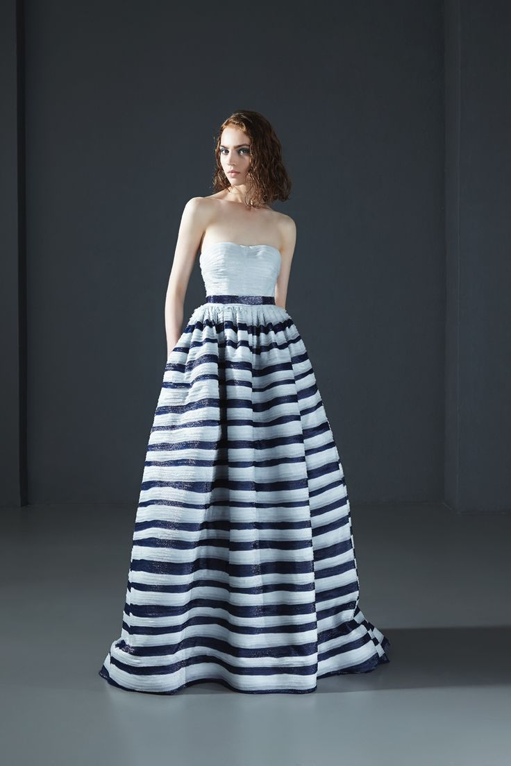160025: Strapless ball gown in georgette lurex with hand cutted and folded stripes