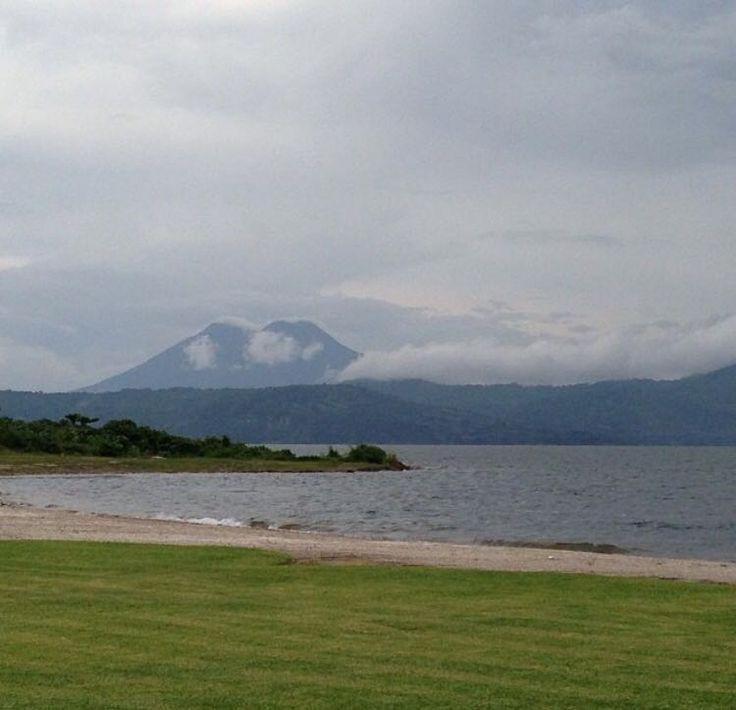 #lake #ilopango #sky #landscape #relax #peace #paisaje #family #space #breath