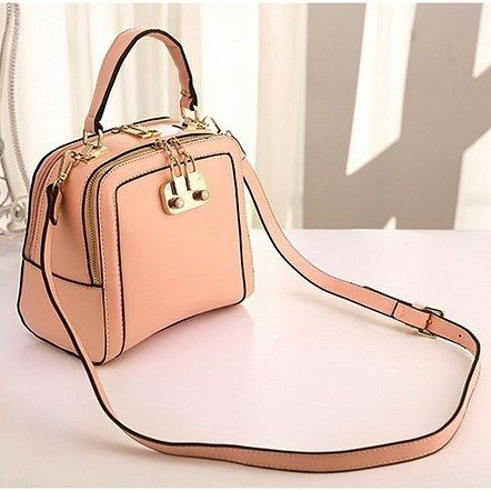 RBA2025  Colour Pink  Material PU  Size L 20 W 12.5 H 19.5  Weight 0.6  Price Rp 200.000