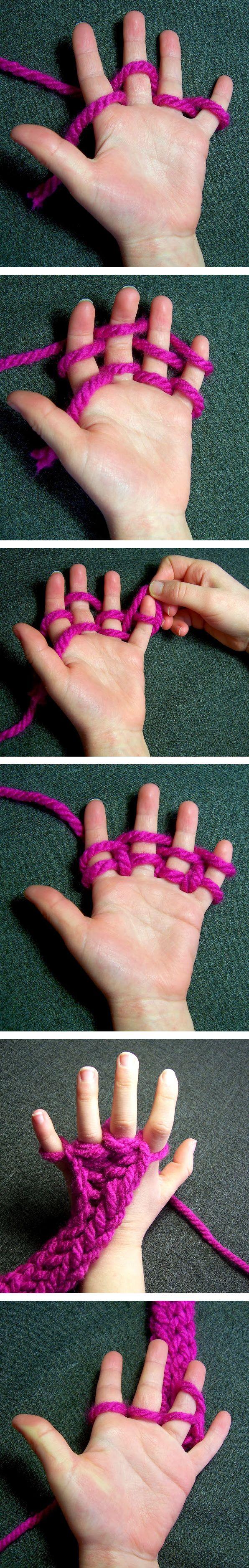 Si tu n'as pas d'aiguilles à tricoter, sers-toi de tes 10 doigts !