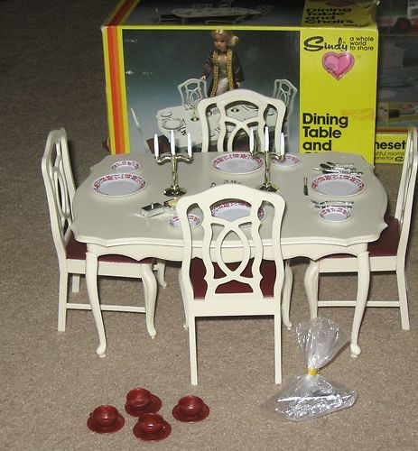 VINTAGE SINDY DOLL FURNITURE DINING TABLE MARX PEDIGREE 1978 W/ BOX | eBay