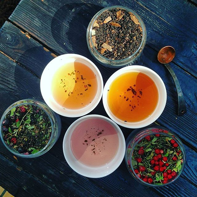 We make handcrafted tea blends with natural forest goodies from the Nordic woods. We keep things simple. Summer <3