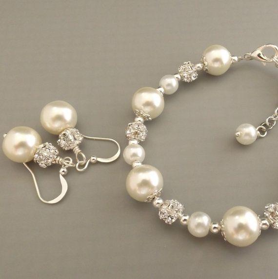 Ensemble de bijoux de perles Ivoire de demoiselle d